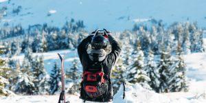 Apps op smartphone gebruiken tijdens wintersport