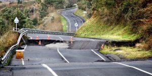 Natuurrampen: een aardbeving is een veel voorkomende natuurramp